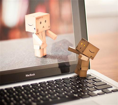 Cum faci sa mearga o relatie la distanta featured image