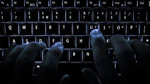 6 sfaturi pentru a scrie mai repede la tastatura – chiar fara sa privesti tastele! featured image