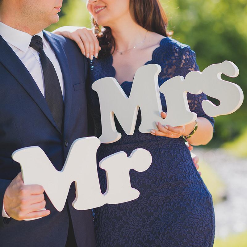 7 intrebari utile pe care sa i le adresezi fotografului de la nunta ta featured image